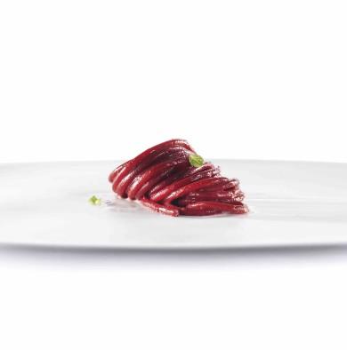 Spaghetti di Gragnano, rapa rossa, caprino e menta (2014)